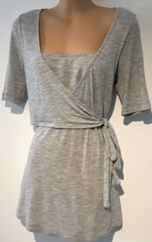 BLOOMING MARVELLOUS GREY 3/4 SLEEVE TIE FRONT TOP SIZE 10